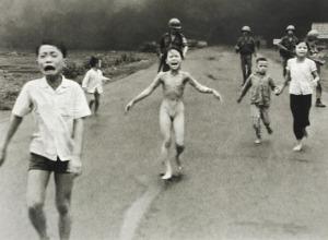 VietnamChildrenNapalm_1972